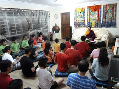 Ven. Lama Dondrup Dorje teaching meditation in Singapore